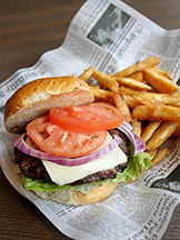 Potter's signature burger with cheese, lettuce, red onion and tomato